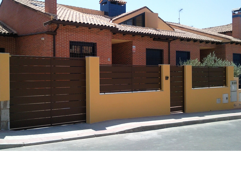 1-puerta-de-paso-y-de-garaje_800x600