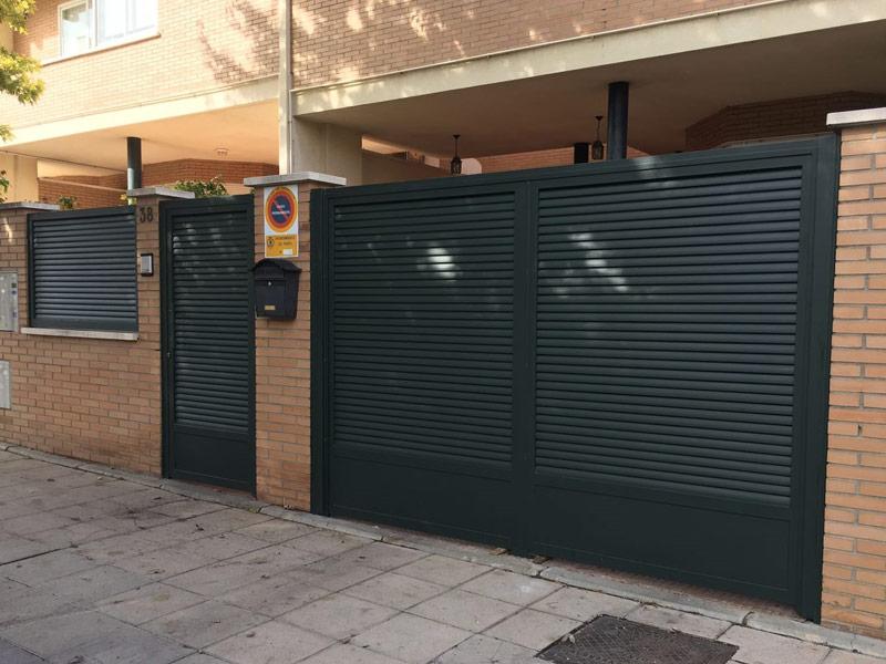 2-puerta-de-paso-y-de-garaje_web
